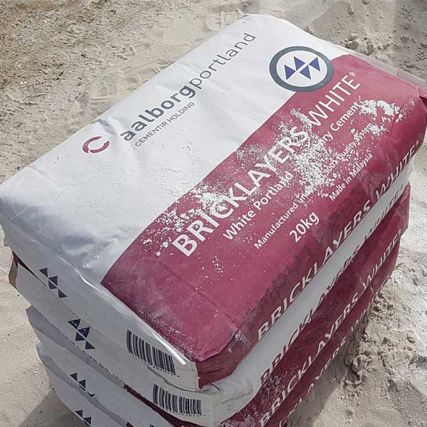 bags-of-alborg-bricklayers-white-cement
